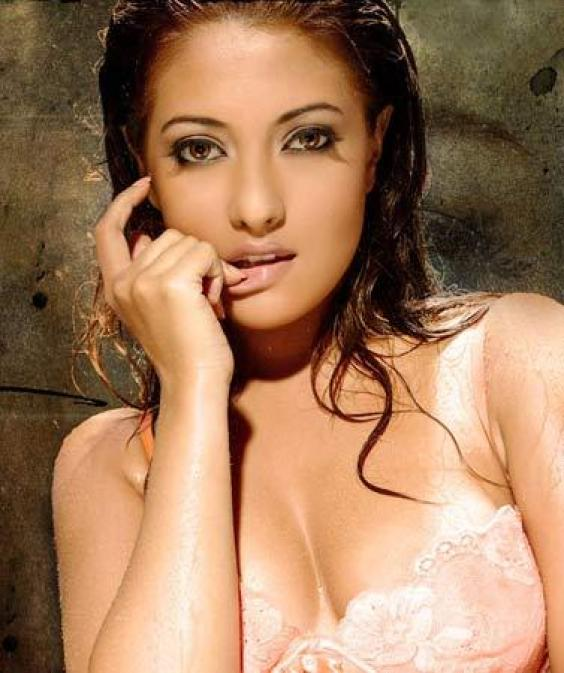 Teen Riya picture sen